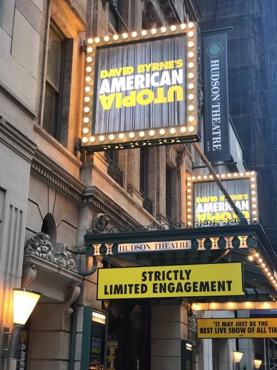 『デイヴィッド・バーンのアメリカン・ユートピア』上演中のハドソン劇場